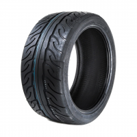 zeknova_rs606_r1_tire_westcoast_motorsport